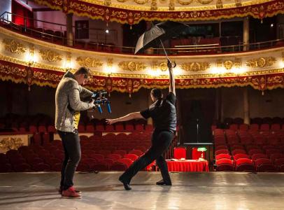 В сцене снимается артист Молодого Балета Кубани