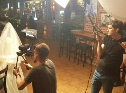 Для съемок была использована локация паба Wilson Pub